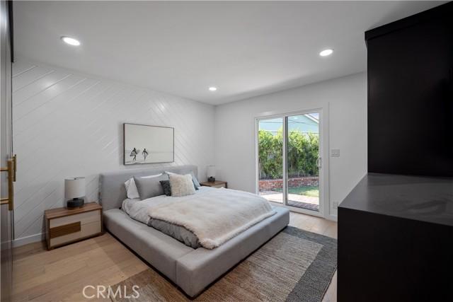 13211 Cumpston Street, Sherman Oaks CA: http://media.crmls.org/mediascn/05e99111-90c5-407d-a39b-ae0967c89062.jpg