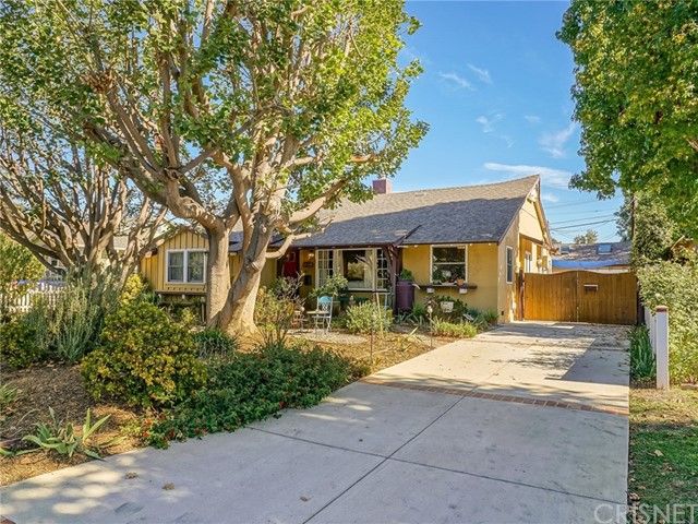 5530 Allott Avenue, Sherman Oaks, CA 91401