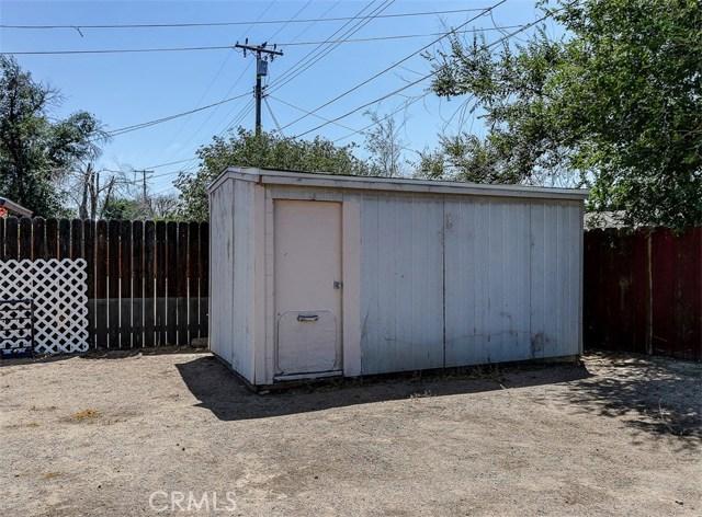 38757 Glenbush Avenue, Palmdale CA: http://media.crmls.org/mediascn/05fc6562-0327-43d3-90ae-e83b53c74a12.jpg