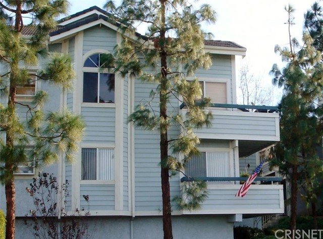 Property for sale at 26788 Claudette Street #355, Canyon Country,  CA 91351