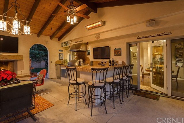Single Family Home for Sale at 50 Highland Road 50 Highland Road Simi Valley, California 93065 United States