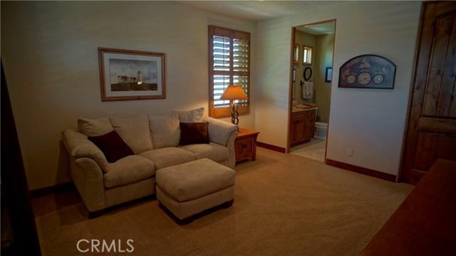 25854 Shady Oak Lane, Valencia CA: http://media.crmls.org/mediascn/069b965f-c618-4208-8bc4-2c1fec1bfc51.jpg