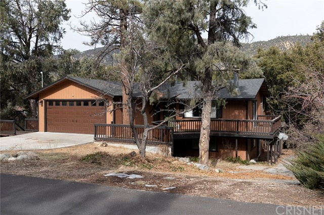 Detail Gallery Image 1 of 44 For 2233 Bernina Dr, Pine Mountain Club,  CA 93222 - 3 Beds | 2/1 Baths