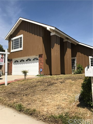 Single Family Home for Rent at 11484 Lev Avenue Mission Hills, California 91345 United States