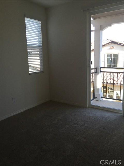 28780 Calle De La Paz Drive Valencia, CA 91354 - MLS #: SR18021695