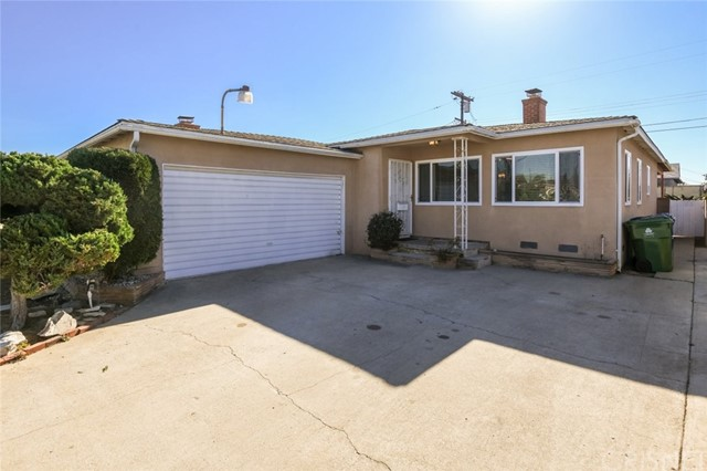 Detail Gallery Image 1 of 34 For 726 W 158th St, Gardena,  CA 90247 - 3 Beds | 2 Baths