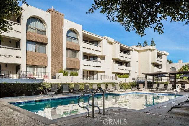 Condominium for Sale at 21650 Burbank Boulevard Unit 307 21650 Burbank Boulevard Woodland Hills, California 91367 United States