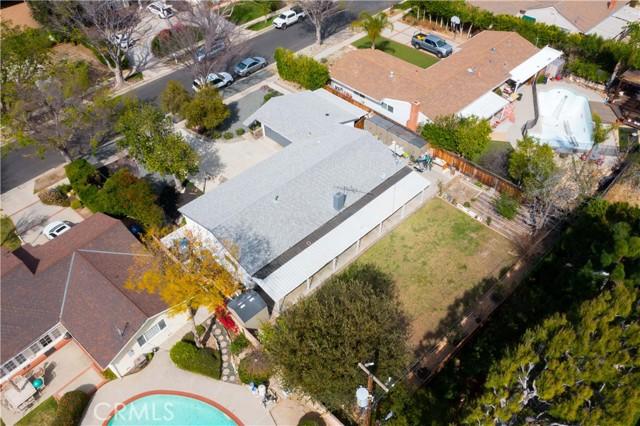 18638 Ludlow Street, Northridge CA: http://media.crmls.org/mediascn/07d7a1d0-5d2f-4b4a-b413-271c3413f7bd.jpg
