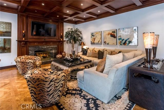 17110 Mccormick Street, Encino CA: http://media.crmls.org/mediascn/081caa4c-ad76-4548-8b73-61692f8a0605.jpg