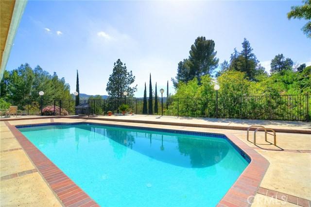 4810 La Montana Circle, Tarzana CA 91356