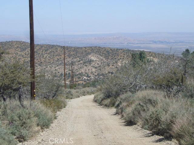 0 Vac/Pine Rock Rd/Vic Big Sky Drive, Juniper Hills CA: http://media.crmls.org/mediascn/08970900-da4f-461d-9049-b596de4bdbf0.jpg