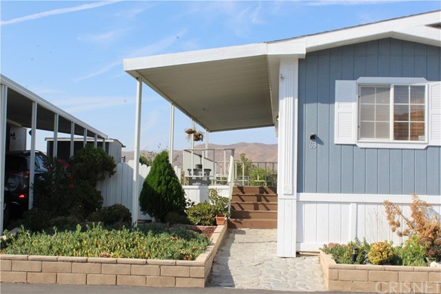 30000 SAND CANYON Road, Canyon Country CA: http://media.crmls.org/mediascn/08cba684-97a6-4be1-a1ed-255f934ae81a.jpg