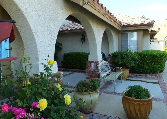 41428 Sandalwood Place, Lancaster CA: http://media.crmls.org/mediascn/094d4539-4b38-4592-858b-56745de81500.jpg