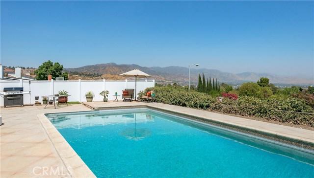 17460 Tuscan Drive, Granada Hills CA: http://media.crmls.org/mediascn/095325d4-952c-4169-a0c2-e5ce87bb5a17.jpg