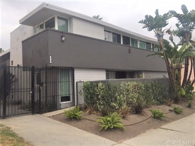 3849 STEVELY Avenue, Los Angeles (City), CA 90008