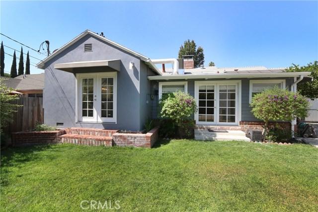 5530 Carpenter Avenue, Valley Village CA: http://media.crmls.org/mediascn/0a0601d0-42f9-4565-ad9f-954df59a9265.jpg