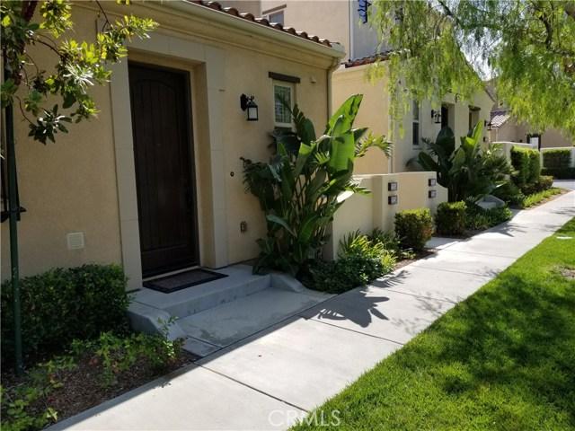 20252 Pienza Lane, Porter Ranch CA: http://media.crmls.org/mediascn/0a0bd5d1-adde-4db3-ac4c-3b0f507cba98.jpg