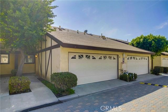 17241 Roscoe Boulevard, Northridge CA: http://media.crmls.org/mediascn/0a3a98fb-a3b4-4138-a3a7-69409b84e0d6.jpg