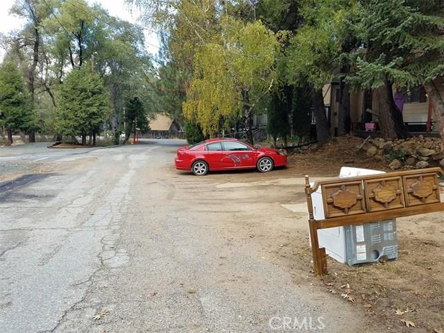 0 Pine Dr. and Dart Cany. Road, Crestline CA: http://media.crmls.org/mediascn/0a917223-bee9-47f8-9ed8-640d5caae905.jpg