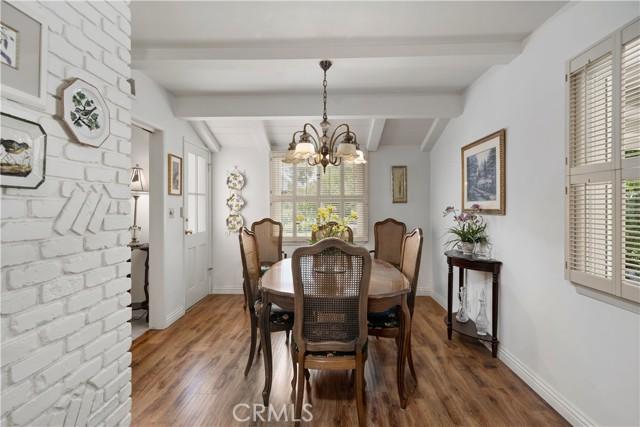1408 Strawberry Hill Road, Thousand Oaks CA: http://media.crmls.org/mediascn/0aae0970-89f3-4877-aa0c-ca7ac6db568b.jpg