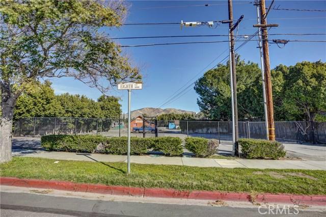 919 8th Street, San Fernando CA: http://media.crmls.org/mediascn/0ab3de57-9863-4484-a937-6c87b56faf1b.jpg