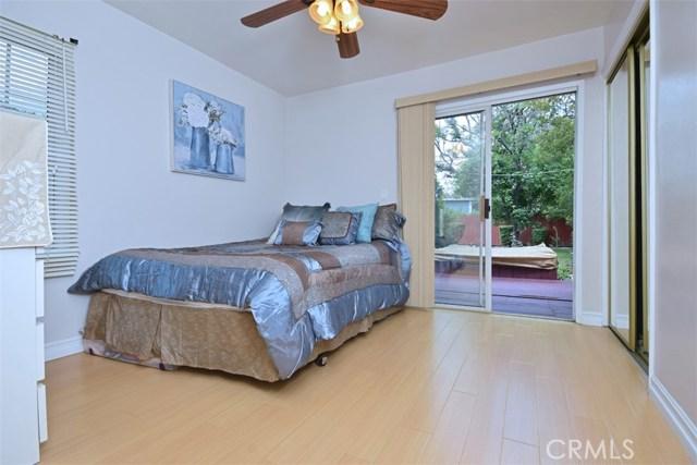 5825 Lemona Avenue, Sherman Oaks CA: http://media.crmls.org/mediascn/0aea4f6a-8019-466f-9e80-b3e4acce84fd.jpg