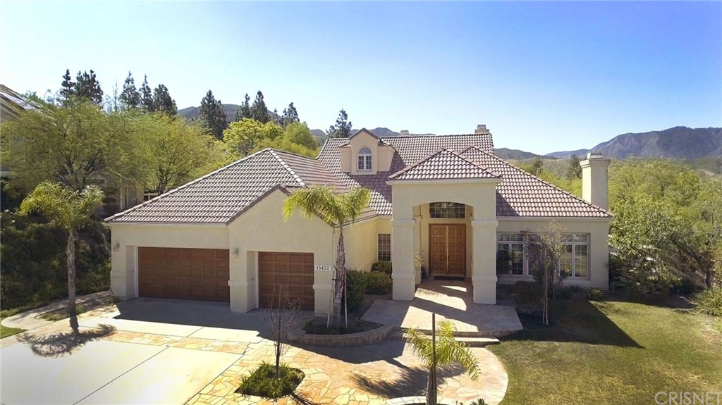 15432 LIVE OAK SPRINGS CANYON Road, Canyon Country, CA 91387