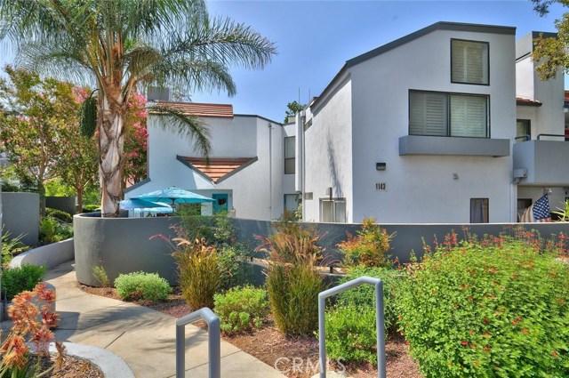 1143 Tivoli Lane, Simi Valley CA: http://media.crmls.org/mediascn/0b1f8aa4-ae10-44a2-a6bb-100528d0813b.jpg