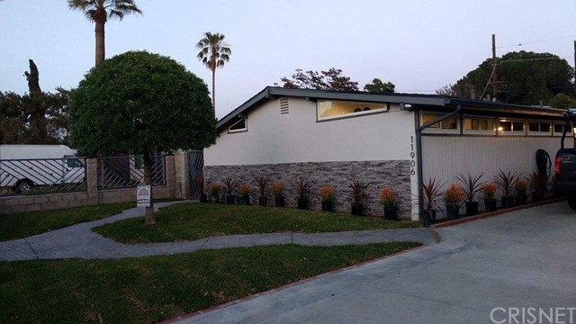 11906 Snelling Street Sun Valley, CA 91352 - MLS #: SR17247297