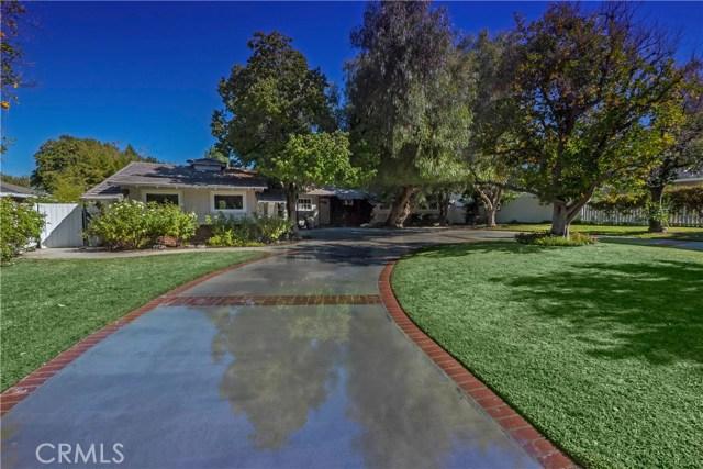 20637 Wells Drive  Woodland Hills CA 91364