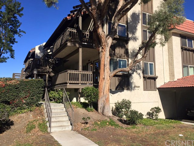 Property for sale at 27661 Nugget Drive #4, Canyon Country,  CA 91387