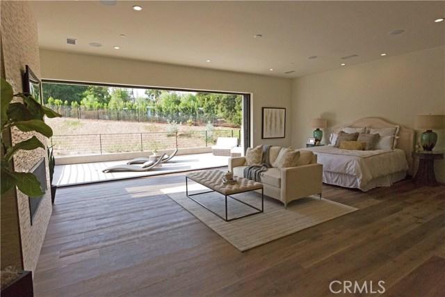 4607 Vanalden Avenue Tarzana, CA 91356 - MLS #: SR17200250