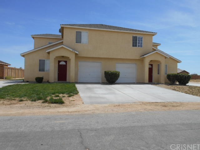 Townhouse for Rent at 9236 Holly Avenue California City, California 93505 United States