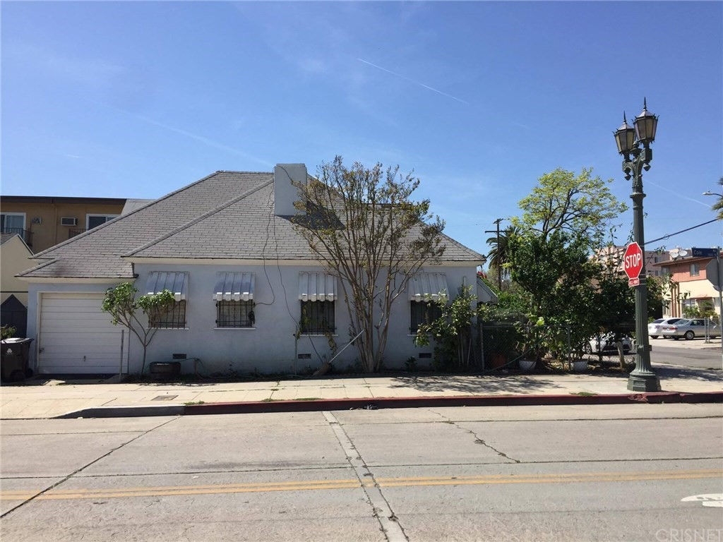 6434 Lexington Avenue, Hollywood, CA 90038