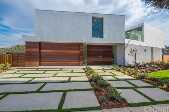 Single Family Home for Sale at 4422 Sherman Oaks Circle 4422 Sherman Oaks Circle Sherman Oaks, California 91403 United States