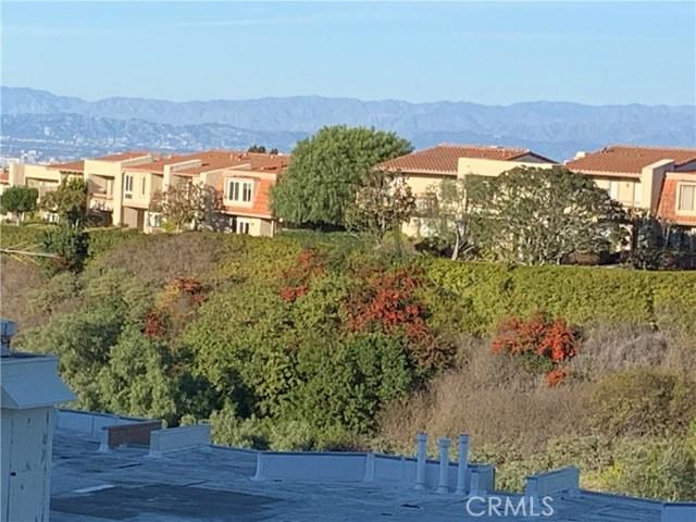 5965 Peacock Ridge Road, Rancho Palos Verdes CA: http://media.crmls.org/mediascn/0bc9198f-54b5-4dcb-a3cf-4436535606e4.jpg
