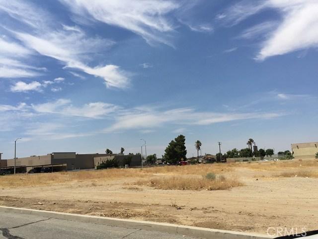 3 Street East and Palmdale Boulevard, Palmdale CA: http://media.crmls.org/mediascn/0c03ae73-b150-4f71-ab50-95f6a72fe8a8.jpg