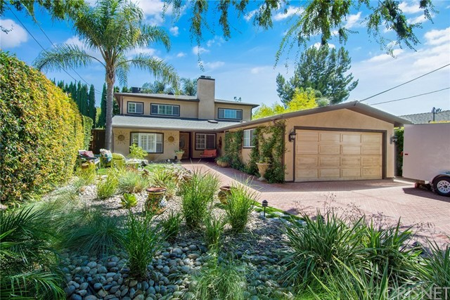 15522 Huston Street  Encino CA 91436
