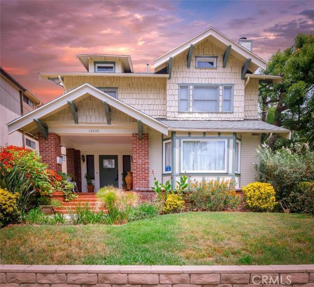 10739 Kling Street, North Hollywood, CA 91602