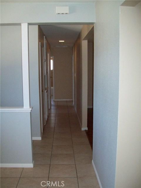 730 Sierra Avenue, Moorpark CA: http://media.crmls.org/mediascn/0c6e6175-bf04-42ab-bb00-581df5076c38.jpg