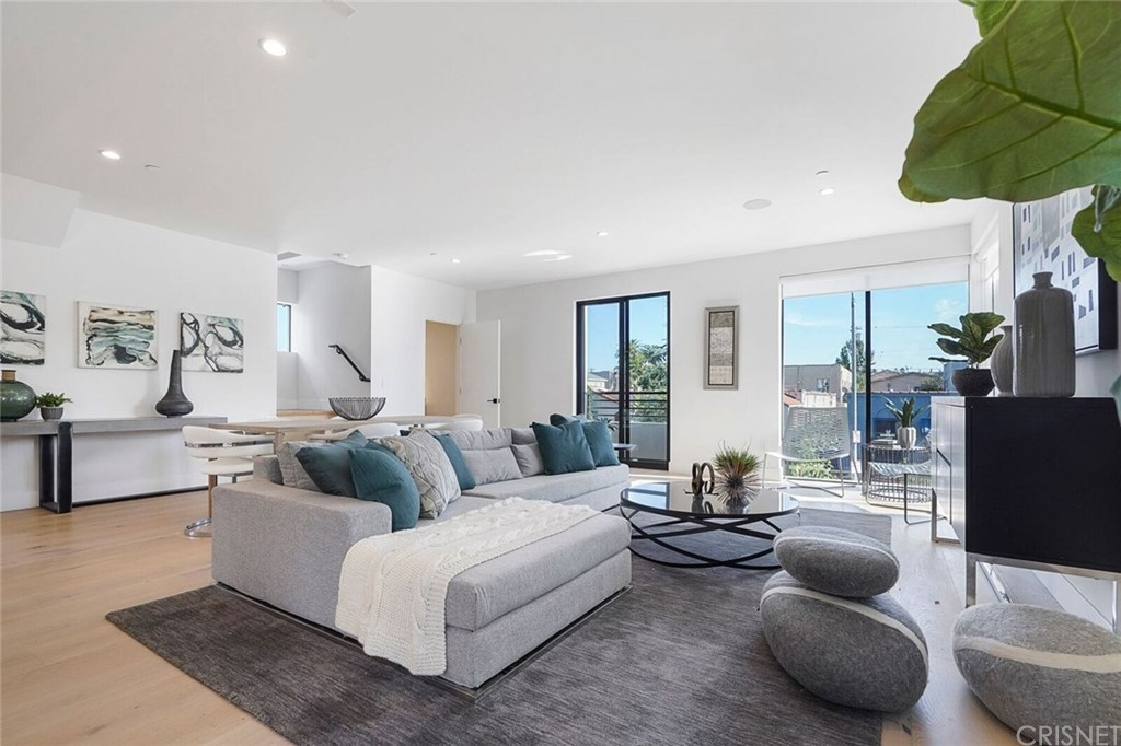 Photo of 741 NORTH GRAMERCY PLACE #1/2, Hollywood, CA 90038