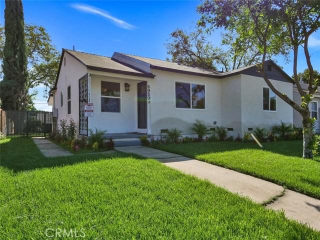 6920 6918 Corbin Avenue, Reseda CA: http://media.crmls.org/mediascn/0cb5a445-b50a-4c05-a3d0-9163ea15dc21.jpg