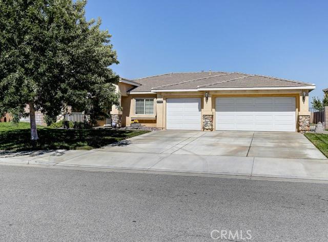 Property for sale at 43444 Elite Lane, Lancaster,  CA 93535
