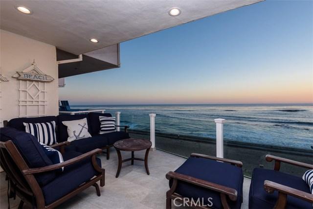 11874 Beach Club Way, Malibu CA: http://media.crmls.org/mediascn/0dbb5121-3e9b-4dd1-97ab-ab1cb09e0c38.jpg