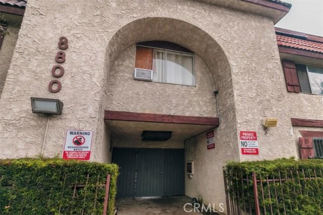 8800 Cedros Avenue, Panorama City CA: http://media.crmls.org/mediascn/0de4595d-f21c-4de5-8a28-9a008de28b0c.jpg