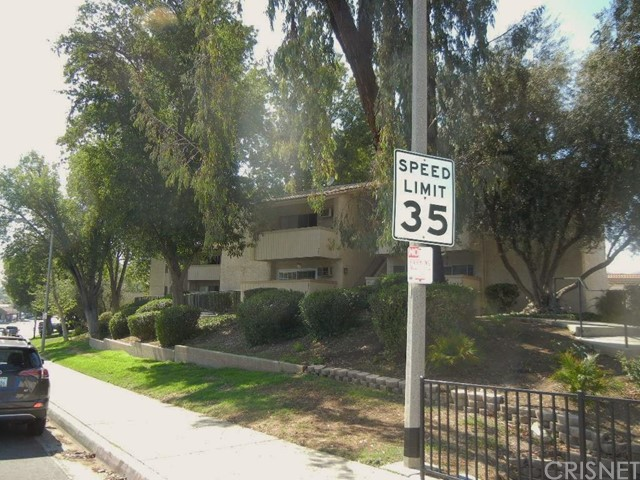 Additional photo for property listing at 28915 Thousand Oaks Boulevard Unit 1014 28915 Thousand Oaks Boulevard Agoura Hills, California 91301 United States