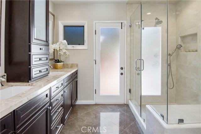 16924 Mooncrest Drive Encino, CA 91436 - MLS #: SR18029285