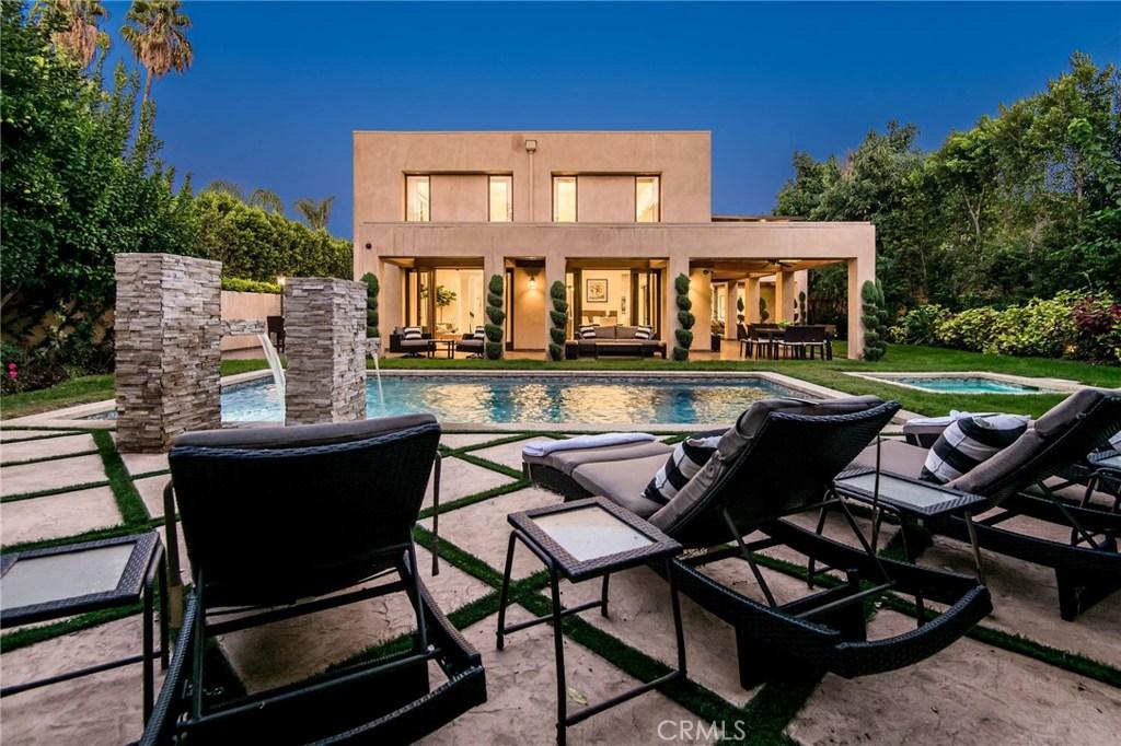 Photo of 4628 NOELINE Avenue, Encino, CA 91436