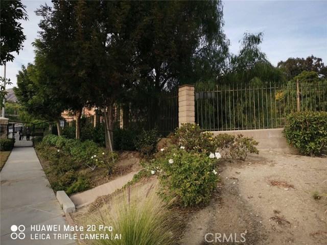 18041 Mayerling Street, Granada Hills CA: http://media.crmls.org/mediascn/0e3d709c-6512-4162-9692-52833b2bf6b6.jpg