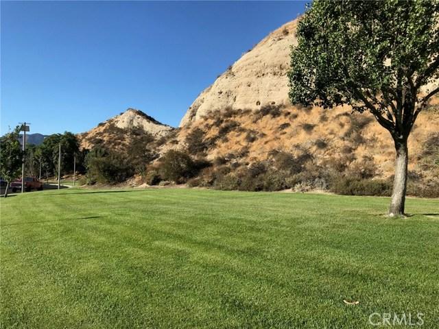 29314 Gary Drive, Canyon Country CA: http://media.crmls.org/mediascn/0e54ab62-9a48-4c8a-a39b-88d0aa39e8ae.jpg